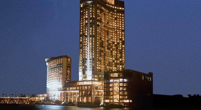 Grand Nile Tower - 開羅 - 建築