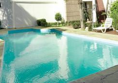 La Colonia - 哥查班巴 - 游泳池
