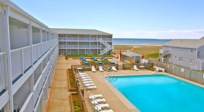 Sandcastle Resort - Provincetown - 游泳池