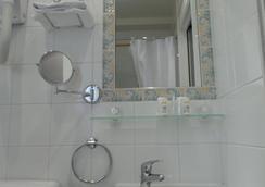 蒙蘇里公園酒店 - 巴黎 - 浴室