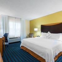 Fairfield Inn & Suites Mobile Guest room