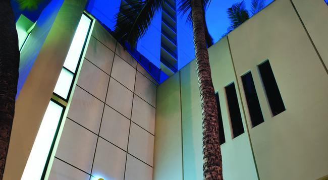 Hyatt Place Waikiki Beach - 檀香山 - 建築