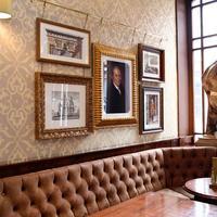 The Wellington Hotel Hotel Bar