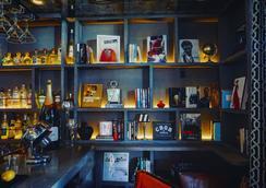 新月酒店 - 比華利山 - 酒吧