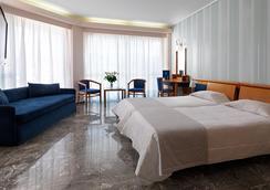 斯坦利酒店 - 雅典 - 臥室