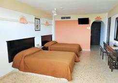 Hotel Playa Bonita - 馬薩特蘭 - 臥室