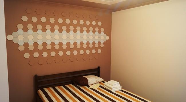 Potemkin's Favorite Suites - 敖德薩 - 臥室