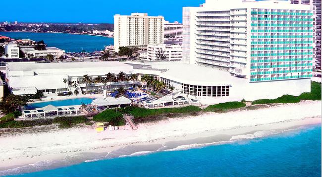 Deauville Beach Resort - 邁阿密海灘 - 建築