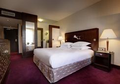 希爾頓巴黎凱旋門酒店 - 巴黎 - 臥室