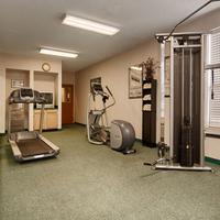 Magnuson Hotel Park Suites Extercise Room