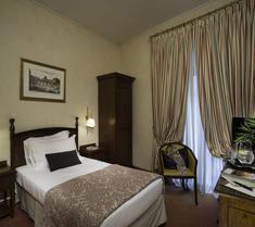 科隆納皇宮酒店
