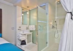 樂藍酒店 - 布魯克林 - 浴室