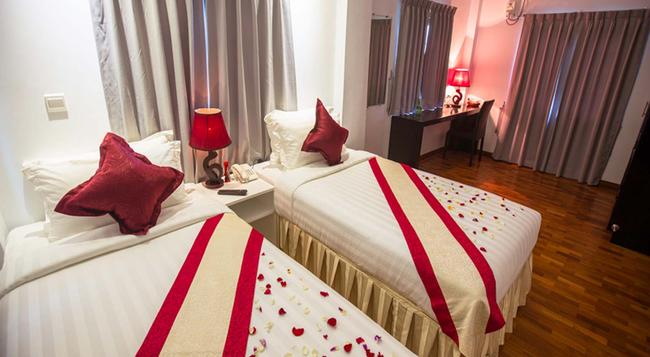 WH Hotel & Service Apartment - Thanlyin - 仰光 - 臥室