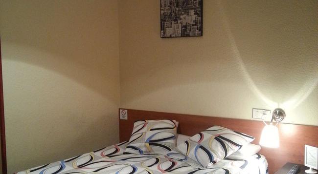Hostal Alicante - 馬德里 - 臥室