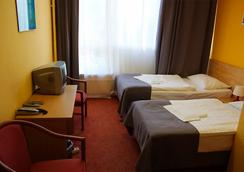 阿克圖姆城市酒店 - 柏林 - 臥室