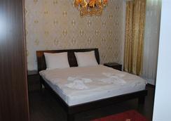 Hotel Adria International - 普里什蒂納 - 臥室