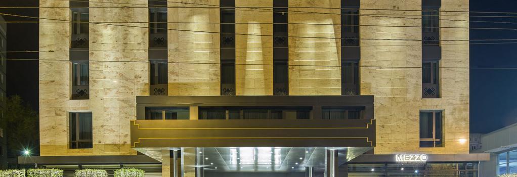 Berd's Design Hotel - 基希訥烏 - 建築