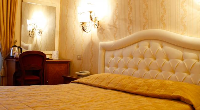 Hotel Eliseo - 羅馬 - 臥室