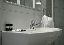 百樂酒店 - 塞薩洛尼基 - 浴室