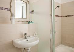中央酒店 - 特拉維夫 - 浴室