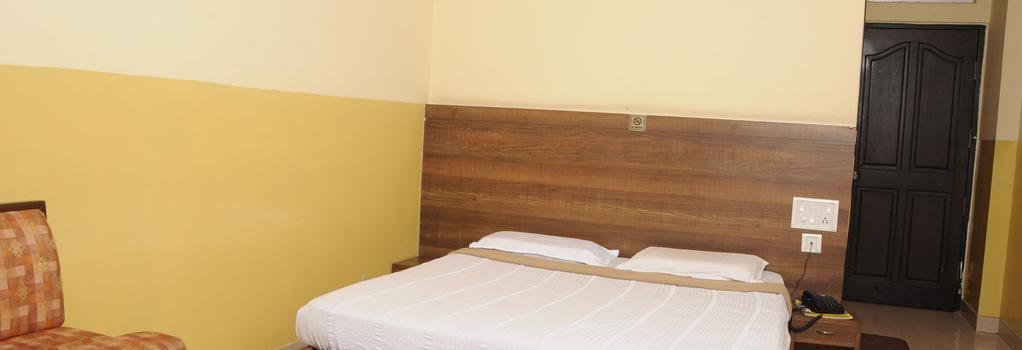 Suvarna Residency - 邁索爾 - 臥室