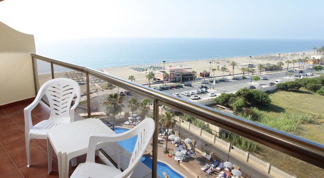Marconfort Beach Club Hotel - Torremolinos - 臥室