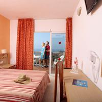 Marconfort Beach Club Hotel Bathroom