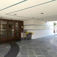 Mikado Hotel Hotel Entrance