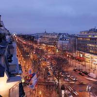 Paris Marriott Champs Elysees Hotel Guest room
