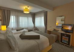 Galata La Bella Hotel - 伊斯坦堡 - 臥室