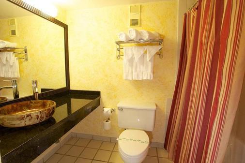 因維拉利高爾夫度假酒店 - 勞德代爾堡 - 浴室
