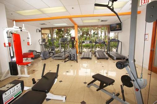 因維拉利高爾夫度假酒店 - 勞德代爾堡 - 健身房