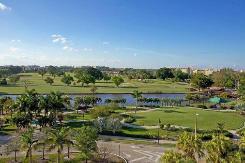 因維拉利高爾夫度假酒店 - 勞德代爾堡 - 高爾夫球場