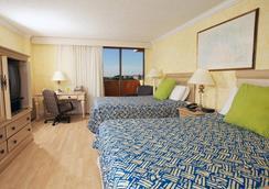 因維拉利高爾夫度假酒店 - 勞德代爾堡 - 臥室