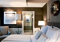 貴族酒店 - 巴黎 - 臥室