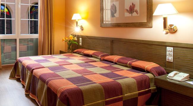 Senator Cadiz Spa Hotel - 加的斯市 - 臥室