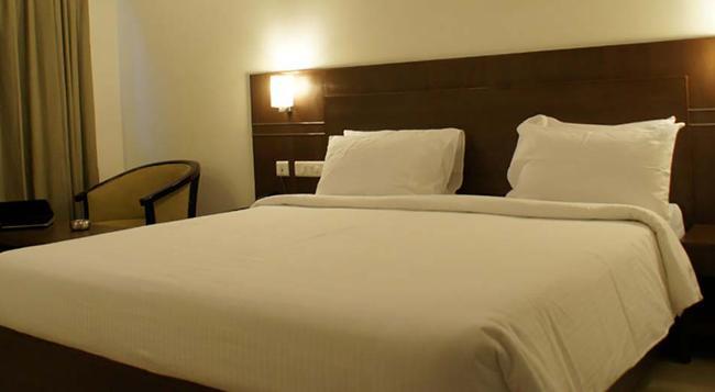 Hotel Midcity - 維傑亞瓦達 - 臥室