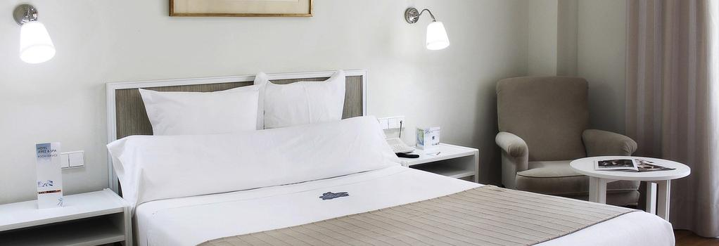 Hotel Jerez And Spa - 赫雷斯-德拉弗龍特拉 - 臥室