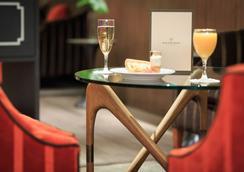 聖奧諾爾星辰幸福文化酒店 - 巴黎 - 大廳