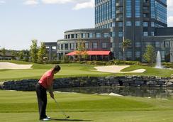 布鲁克街酒店 - 渥太华西卡娜塔 - Ottawa - 高爾夫球場