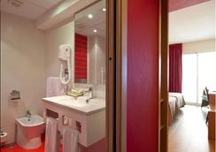 貝尼多姆廣場酒店 - 貝尼多姆 - 浴室