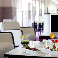 Hotel Chapelle et Parc Hotel Bar