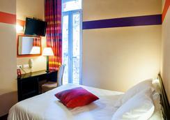 聖索沃酒店 - 盧爾德 - 臥室