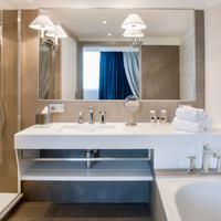 Grand Hotel Gallia & londres Bathroom