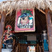 DoubleTree by Hilton Hotel Galveston Beach Captain Jacks Beach Bar