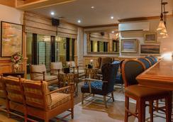 遠景島度假村 - 默特爾比奇 - 酒吧