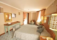 湖景酒店 - 開塞利 - 臥室