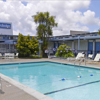 Travelodge San Francisco Airport North Pool