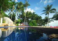 海景天堂海滩山峰假日别墅度假村 - 蘇梅島 - 游泳池