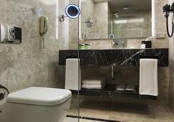 德德曼博斯坦哲伊斯坦布爾酒店及會議中心 - 伊斯坦堡 - 浴室
